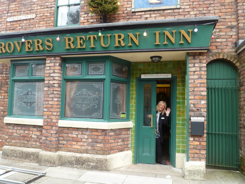 Welcome to Corrie Street Kim October 2012 (800x600)